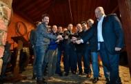 """Acto del """"descorche"""" de la nueva cosecha 2015 de los Vinos de Tenerife con Denominación de Origen"""