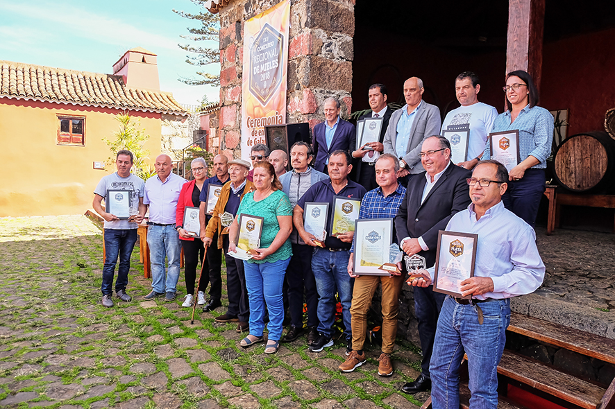 El Cabildo entrega los premios del Concurso Regional de Mieles