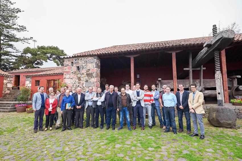 Presentada la Asociación de Bodegueros y Viticultores de Tenerife en la casa del vino