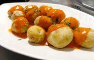 Las papas arrugadas con mojo, plato candidato a las 7 Maravillas Gastronómicas de España2016