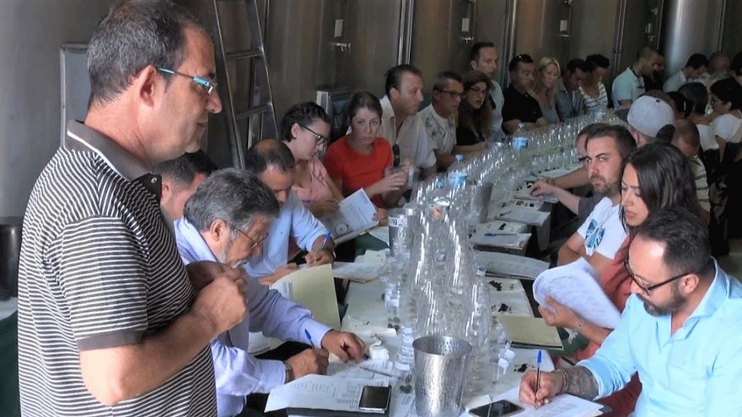Éxito de la V Master Class de Cata de Uvas y Vinos de Viñátigo