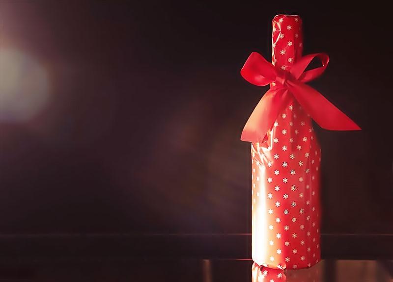 5 Razones por las que el vino es el mejor regalo que puedes hacer