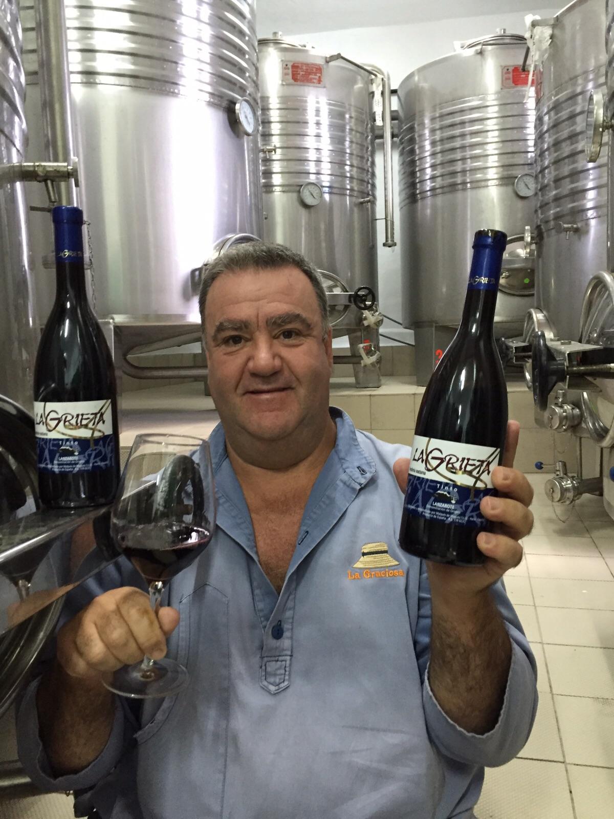 """El Tinto Vendimia Nocturna de La Grieta premiado en el concurso internacional de vinos """"VinDuero"""" con medalla de plata."""