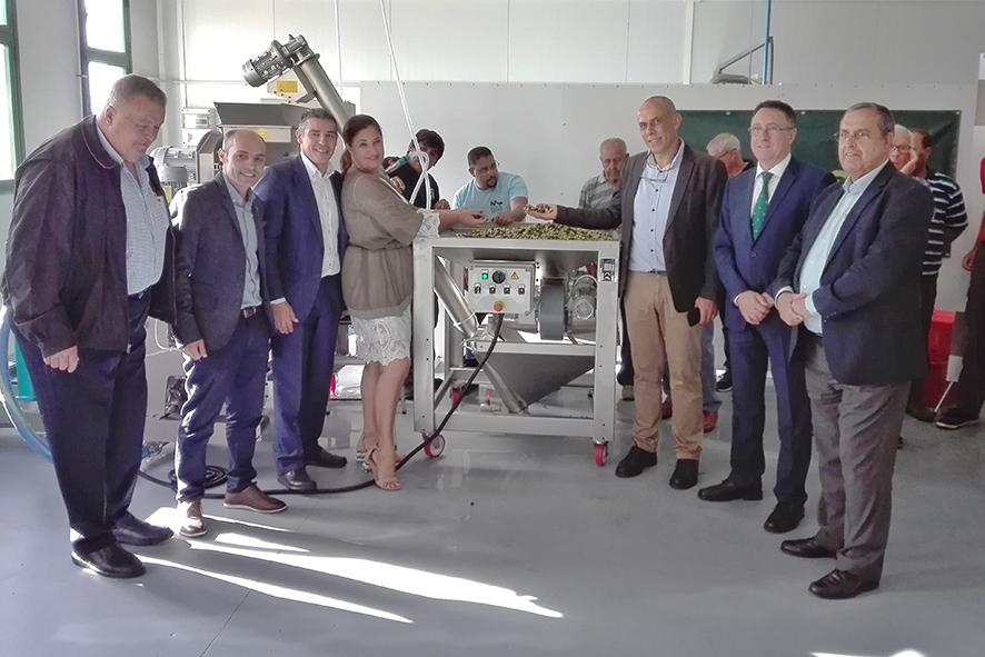 Cabildo de El Hierro y Fundación Caja 7 inauguran la primera almazara pública en El Hierro