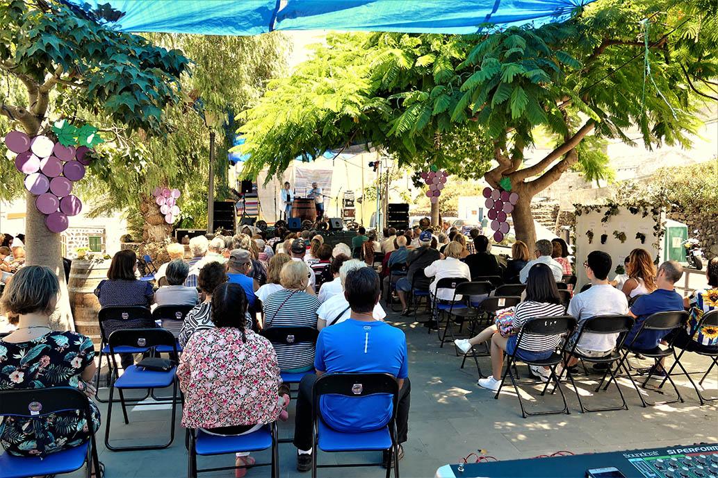 La ULL por cuarto año consecutivo en la Fiesta de la Vendimia de La Frontera