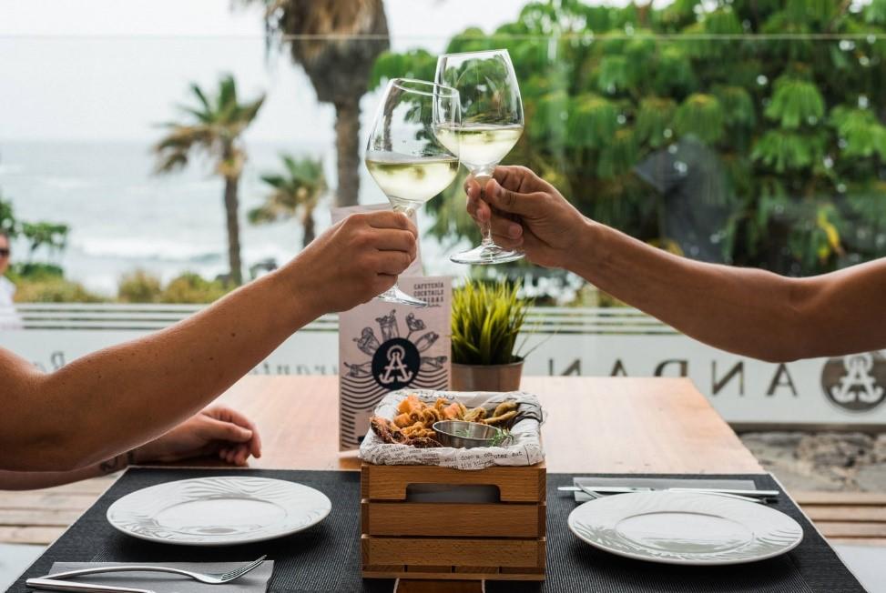 El restaurante Andana (Puerto de la Cruz, Tenerife) estrena nuevos menús de grupos para poder disfrutar gastronómicamente de las mejores fiestas y reuniones frente al Atlántico