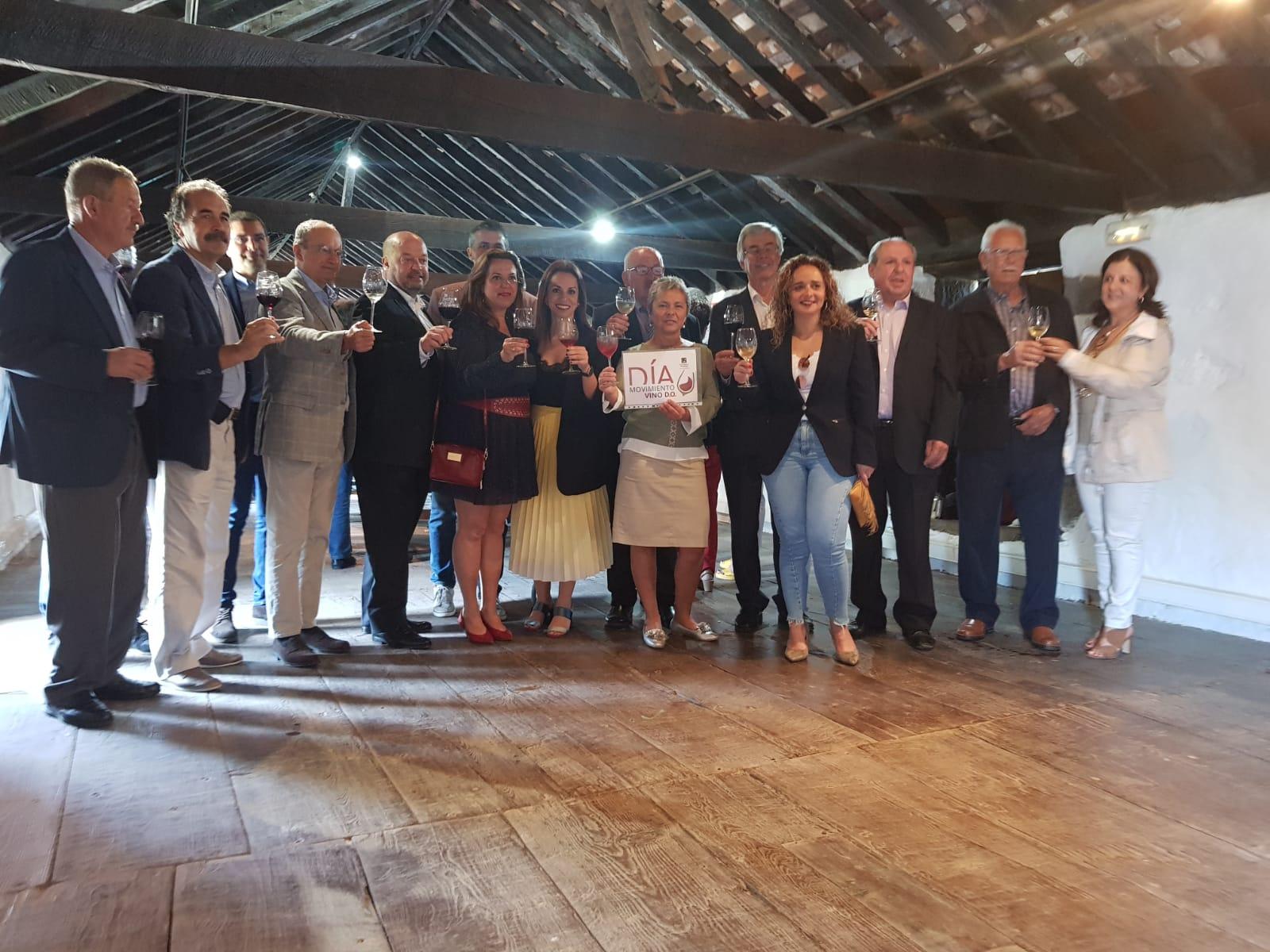 Tacoronte-Acentejo se une al brindis virtual y colectivo por el vino con denominación de origen en toda España